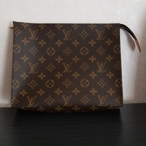 Brand New Louis Vuitton Toiletry 26 Monogram